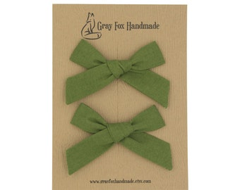 Fern Green Hand-Tied Bow // Pigtail Set