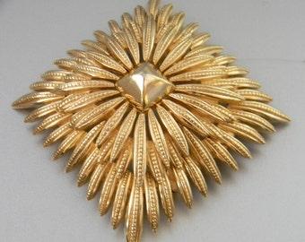 TRIFARI, Vintage Brooch Goldtone Two Tiered Sunburst
