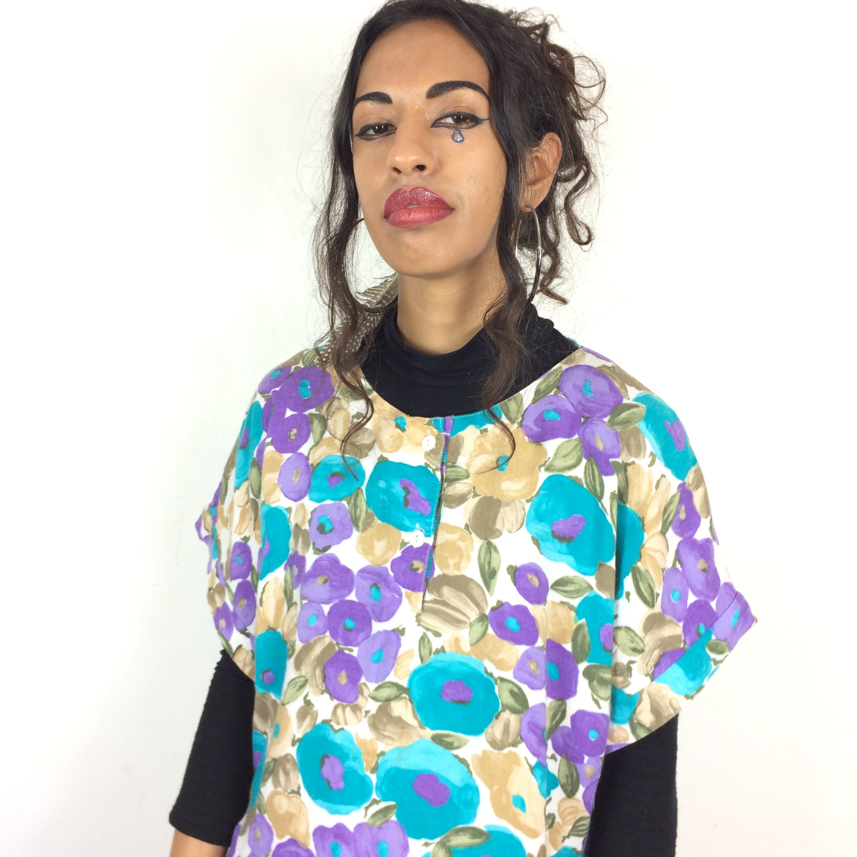 Vintage 80s bright bold floral t shirt women 39 s purple for Bright purple t shirt