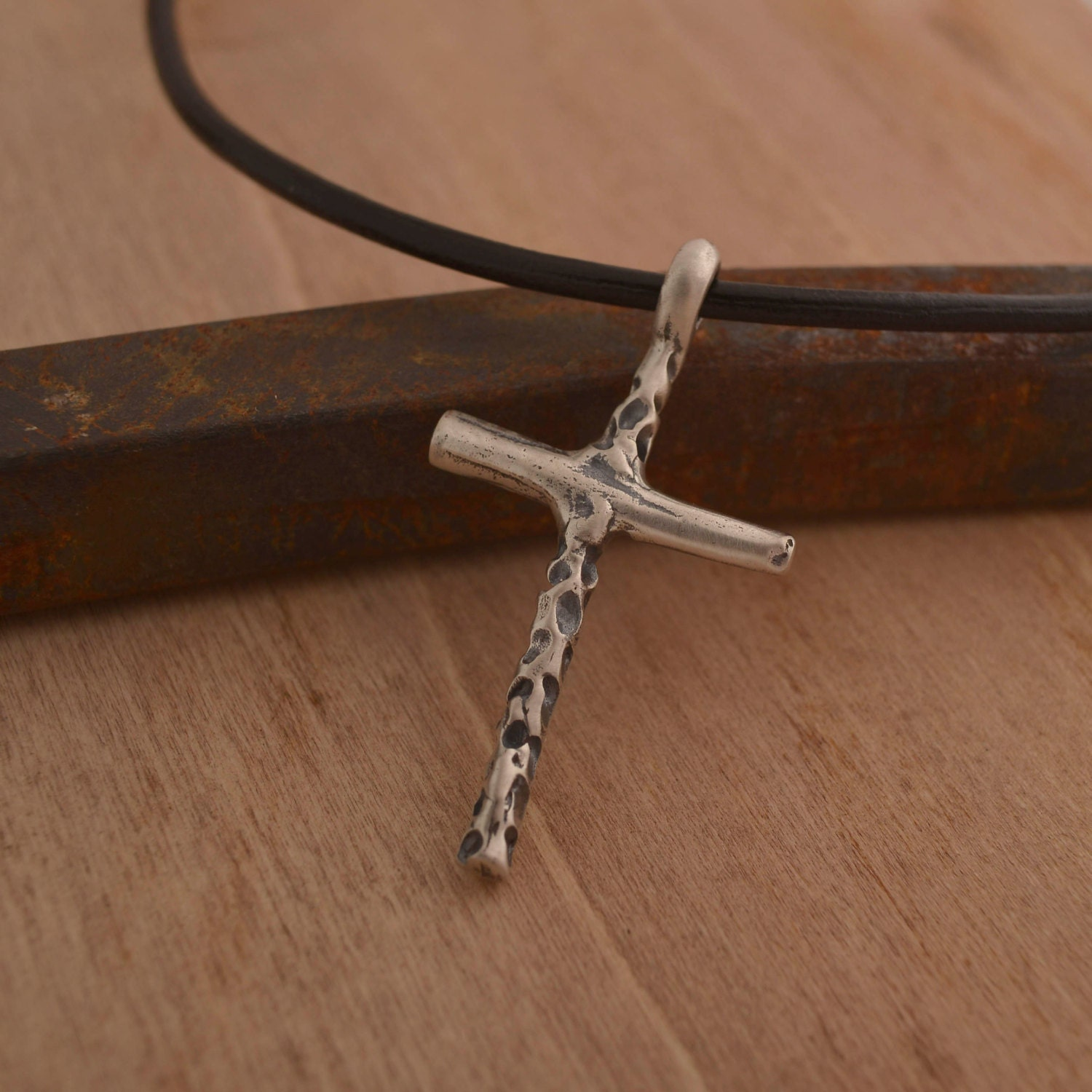 art cross necklace for men silver cross pendant on chain or. Black Bedroom Furniture Sets. Home Design Ideas