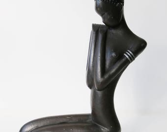 Cast metal Nubian African princess woman sculpture - Hagenauer