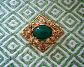 Green. Brooch. Free shipping.