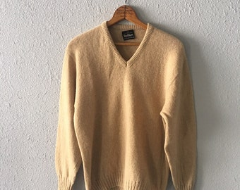 1970's Tan Wool Men's Vintage Beige V Neck Sweater By Puritan
