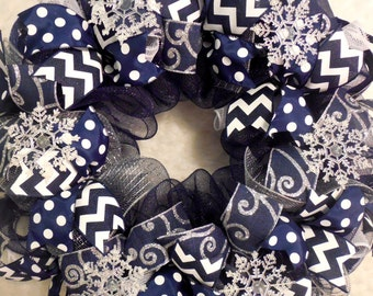 Winter Wreath, winter wreaths, snowflake wreath, Christmas decor, blue and white christmas, mesh christmas wreath, wreath, snowflake