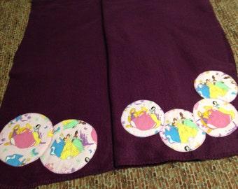Six Princesses Fleece Throw - Purple blanket  (6PRNCS/PRFC-BL)
