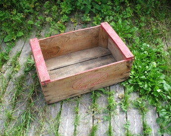 """Eugène Marill"" old wooden crate"