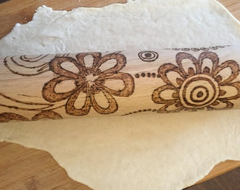 ROLLING PIN,flowers,home&living,baking,bake,woodburned, wood burned, hand burned,mothers day gift