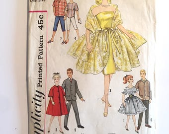 1960s Vintage Ponytail Barbie and Ken Dress Pattern #4422