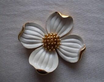 Vintage Trifari Flower Pin