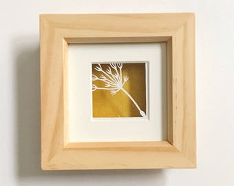 Miniature dandelion seed papercut, dandybow papercut, nature gift, spring decor, framed papercut, nature themed decor, dandelion picture
