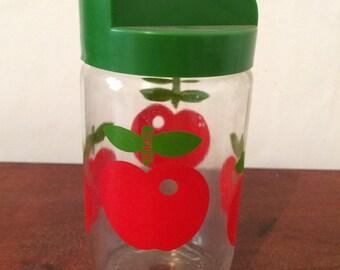 Henkel pot apples red green lid