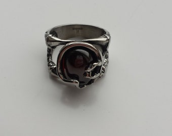 Vampire Blood red jewel antique silver ring. size US 10