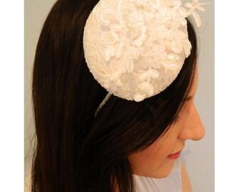Bridal Headpiece - Bridal Fascinator - Wedding Headpiece - White Fascinator - Ivory Headpiece - Wedding Fascinator -