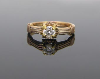 Victorian Solitaire diamond ring, 2 tones 18kt gold, c.1880