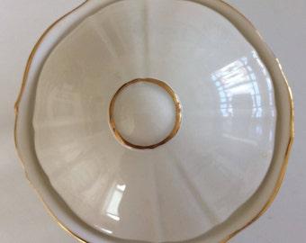 Royal Doulton 'hallmark' sugar pot