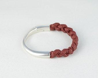 dark red and silver bracelet, bracelet red Burgundy, fabric and metal bracelet, bracelet braided, modern, magnetic clasp