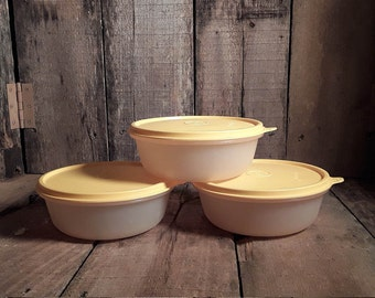 Tupperware Sheer Cereal Bowl 1842 With Yellow Seal 227