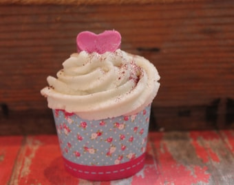 Love Spell Bathbomb Cupcake, Bubbles, Gift for her
