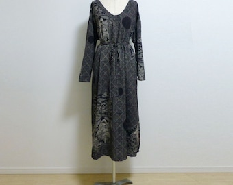 CHIRIMEN Deep V-neck long dress