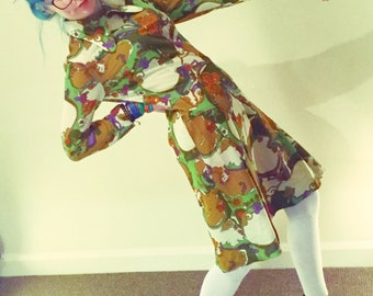 Psychedelic 1960s long sleeved dress