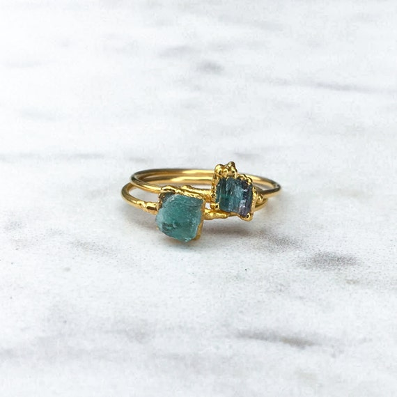 Rough Emerald Ring, Raw Emerald Ring, Gold Emerald Ring, May Birthstone Ring, Emerald Stacking Ring, Emerald Engagement, Electroformed Ring