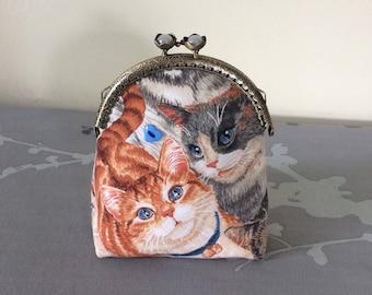 Vintage clasp purse