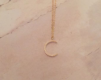 Crescent Moon Layering Necklace | Minimal necklace, Moon Pendant, Crescent Moon Necklace, Everyday Jewelry, Delicate Necklace, bridal gift