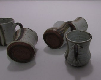 Vintage pottery mugs, mini, signed on bottom, set of 6, great for an aperitif or kids party, great condition