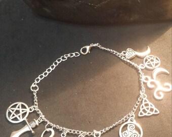 Witch's bracelet, charms, wicca, wiccan jewelry, paganism, pagan jewelry