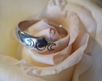Triple Moon wiccan jewelry-silver ring-wicca-pagan-pagan witch jewelry-Mother Goddess