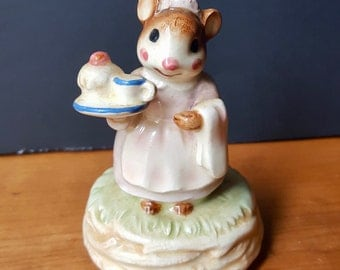 Vintage Porcelain China George Good Mouse Music Box,  Made in Japan,  Mouse Figurine
