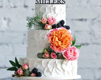 Wedding Cake Topper Customized with Mr and Mrs Last Name- Customizable wedding cake topper- Cake topper to wedding- Mr and Mrs custom topper