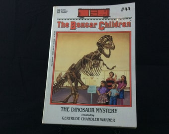 The Boxcar Children #44 The Dinosaur Mystery 1995 children's vintage paperback book