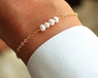 Delicate Pearl Bracelet | Pearl Bracelet | Bead Bar | Gold Bracelet | Layering Bracelet | Minimal Bracelet | Bridesmaid Gift