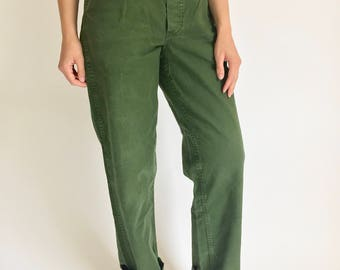 Vintage 30-32 Waist Sweden Military High Waisted Pants | Green Cotton Fatigue Pants | Army Olive Green Pants | Green Pleat High Rise Pant