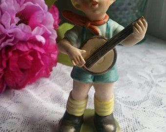 Vintage HOMCO boy playing banjo figurine / Hand painted / Hummel like Figure /cute and collectable / great shape