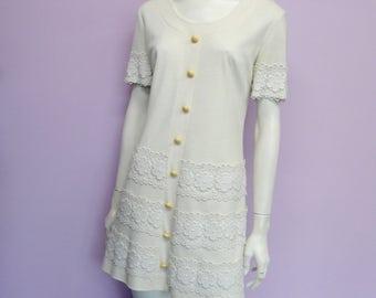Vintage 60's off white & lace mod dress // Twiggy // collection speciale // Impressions de Paris // la maison robes // Eur 38 / US 8 / UK 10