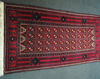 Authentic Persian rugs of Iranian Baluchestan size 188cmx94cm