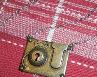 Muggle Worthy Necklace Fantastic Beasts and Where to Find Them