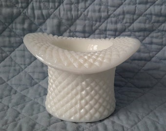 Westmoreland Milk Glass Top Hat Tooth Pick Holder ''English Hobnail'', c.1960.