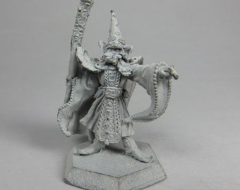 Dungeons and Dragons Miniatures - DND - Limited Edition Sorcerer - Unpainted - Vintage - Role Playing - RPG - Miniature - Dungeon and Dragon