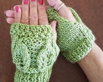 Beautiful Green Hand Crafted Fingerless Knit Mitts
