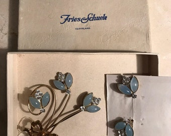 Birds eggs blue floral brooch and earring set - vintage