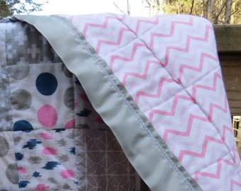 Pink Baby Quilt/ Baby Girl Quilt/ Baby Quilt Handmade/ Patchwork Quilt/ Crib Quilt Handmade/ Grey Quilt Modern/ Pink and Grey Quilt