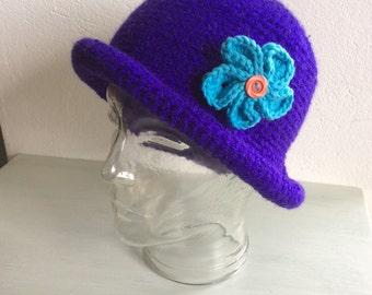 Crochet crusher hat detachable flower broooch/ small ladies or child's hat