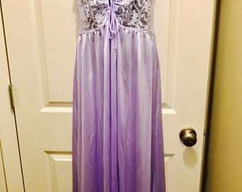 Vintage Ventura Lilac Nightgown Stretch Lace Bodice - Size Large