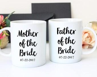 Mother of the Bride Father of the Bride Mug Set, Mother of the Groom, Father of the Groom, Pair of Mugs, Wedding Mugs, Mug For Mom, For Dad