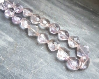 A grade pink amethyst faceted kite 19 beads  5-9 mm