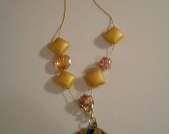 Boho Look Pendant Gold Pillows Beads on Goldtone Chain