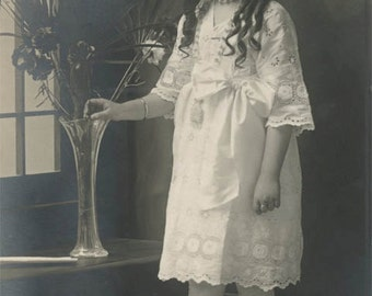 vintage photo 1912 Beautiful Little Girl Large Hair Bow ROses in Vase